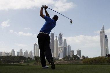 Воскресенье. Дубай. Свинг Альваро КУИРОСА. Фото REUTERS