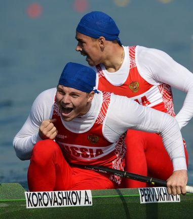 Вчера. Итон. Алексей КОРОВАШКОВ (слева) и Илья ПЕРВУХИН. Фото AFP