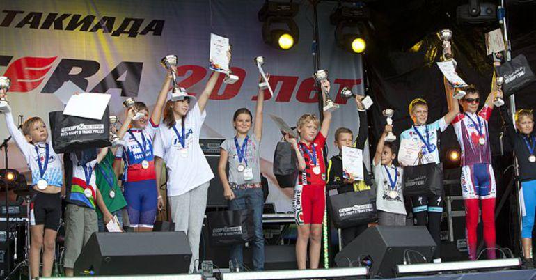 """В детском заезде """"Дети мира выбирают спорт!"""", разделенной на четыре заезда, приняло участие более 40 юных гонщиков. Фото """"СЭ"""""""