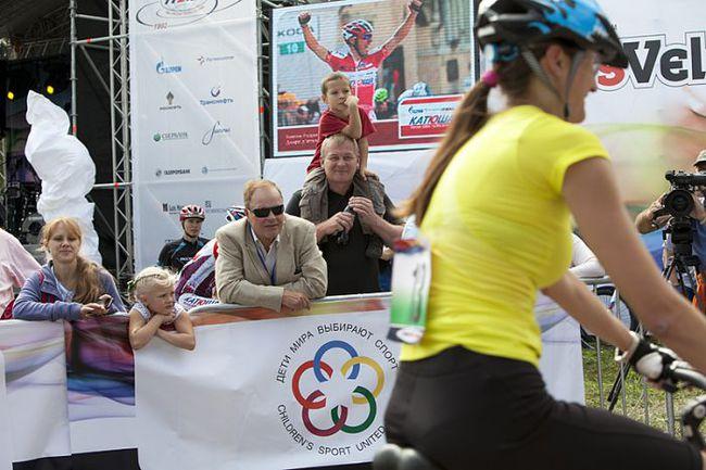 """Фестиваль собрал в этом году более тысячи человек, отдающих предпочтение активному отдыху, а именно велоспорту. Фото """"СЭ"""""""
