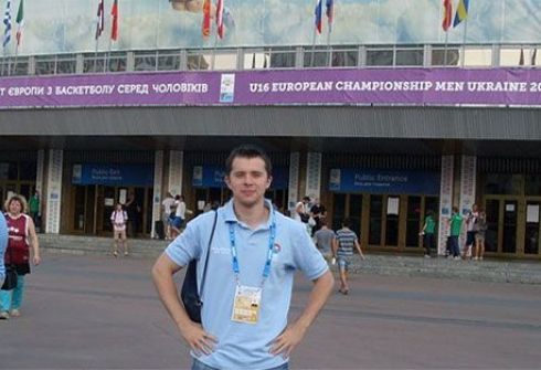 Артур БИГЕЕВ в Европейской школе баскетбольных тренеров FIBA. Фото isbl-basket.com.