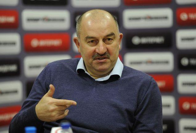 Черчесов попросил закончить следующий сезон 12-13 мая