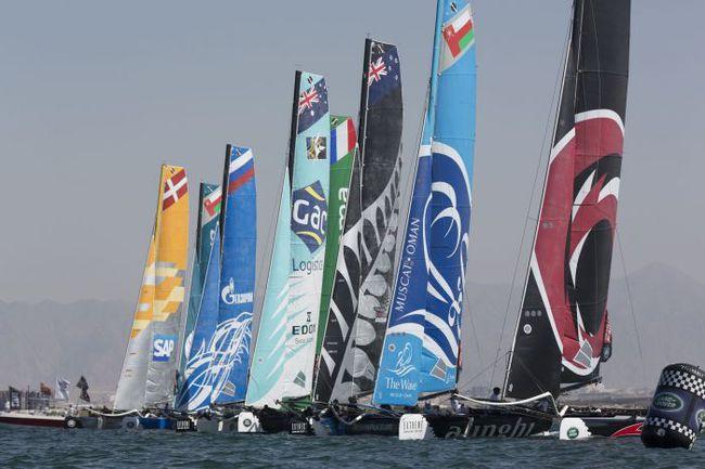 Флотилия Extreme Sailing Series на старте. Фото Lloyd Images