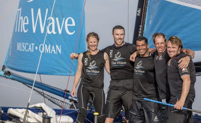 Счастливые победители из The Wave. Фото Lloyd Images