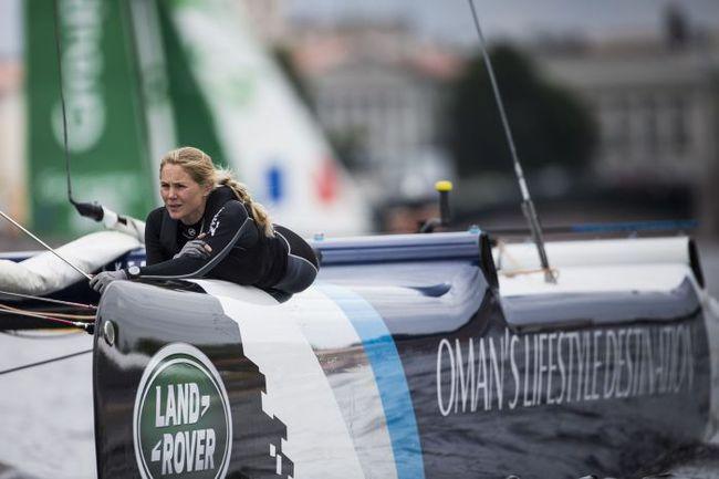 Бесстрашная двукратная олимпийская чемпионка Сара АЙТОН из Великобритании – боумен команды The Wave. Фото Lloyd Images