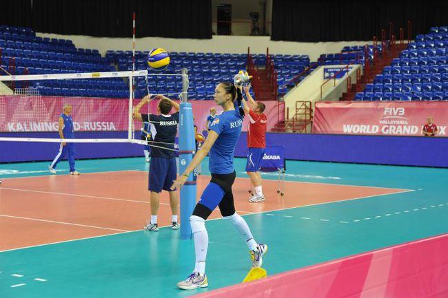 Екатерина ГАМОВА и сборная России готовятся к чемпионату мира. Фото Сергей ПОДЕЛЕНКО