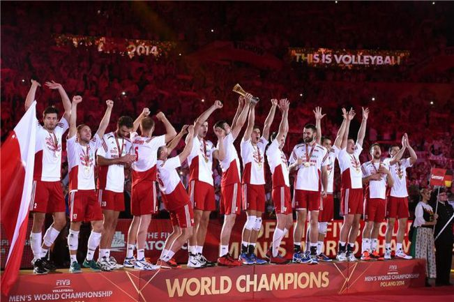 21 сентября. Катовице. Сборная Польши - чемпион мира. Фото fivb.org
