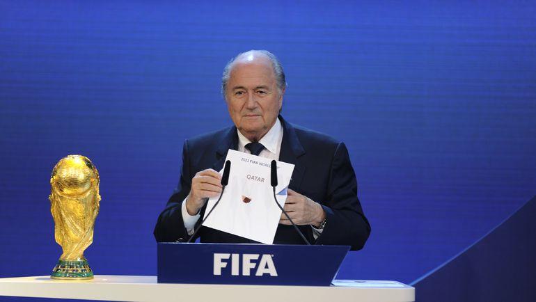 2 декабря 2010. Цюрих. Президент ФИФА Йозеф БЛАТТЕР объявляет Катар страной-хозяйкой ЧМ-2022. Фото REUTERS