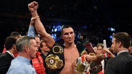 Владимир Кличко защитил три титула чемпиона мира