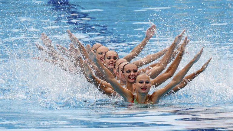 Сборная России по синхронному плаванию стала первой нашей командой среди всех видов спорта, завоевавшей полную квоту на Олимпийские игры-2016. Фото REUTERS