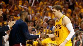 Мозгов и Джеймс - в финале НБА