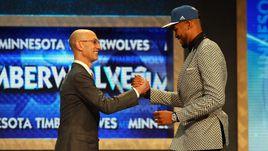 Карл-Энтони Таунс первый номер драфта НБА