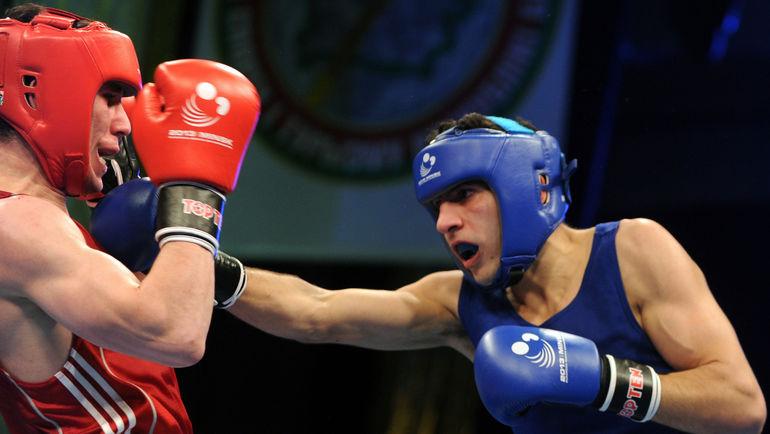 Армен ЗАКАРЯН (слева) завоевал путевку в Рио. Фото AFP