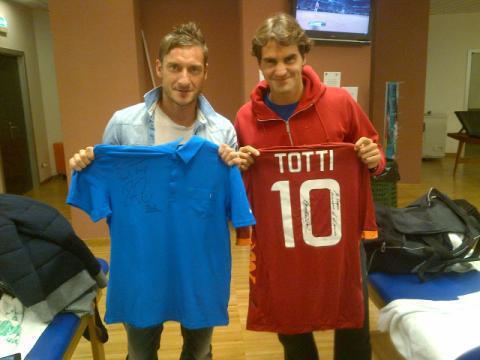 Франческо Тотти сыграет в теннис с Роджером Федерером