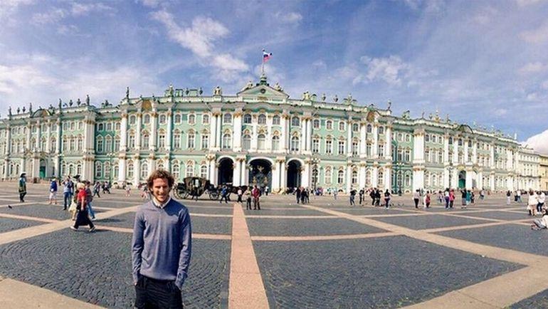 Вчера. Диего ФОРЛАН на Дворцовой площади. Фото instagram.com
