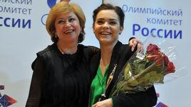 Елена БУЯНОВА и Аделина СОТНИКОВА.