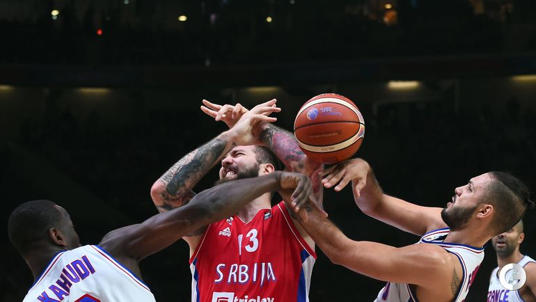Сербия - Франция - 68:81. Фото AFP