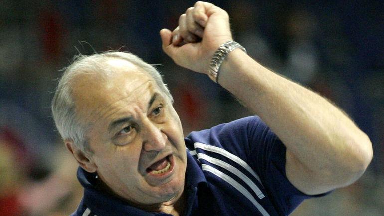 Владимир МАКСИМОВ получил прозвище Безумный Макс за азарт на площадке. Фото AFP