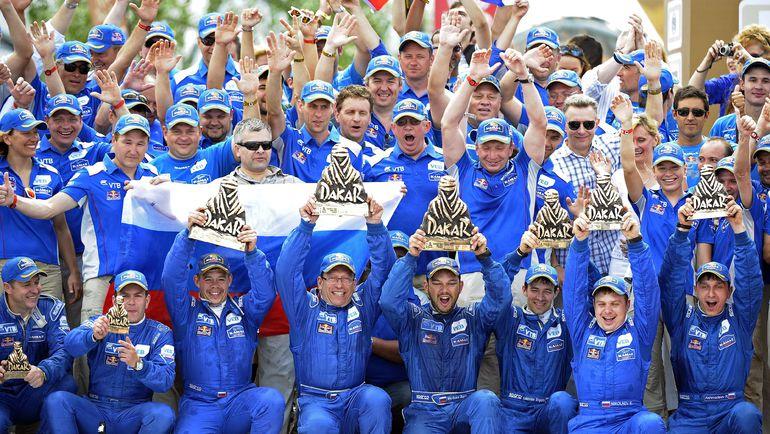 """На """"Дакаре""""-2015 экипажи """"КАМАЗ-Мастер"""" заняли первое, второе и третье места. Фото AFP"""