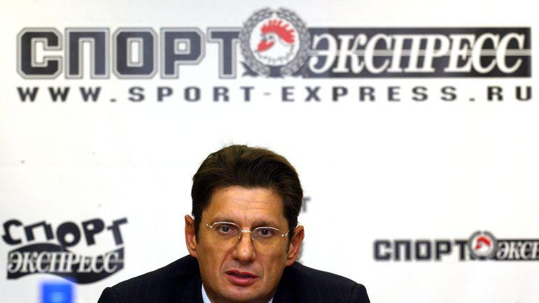 """2004 год. Леонид ФЕДУН в редакции """"СЭ""""."""