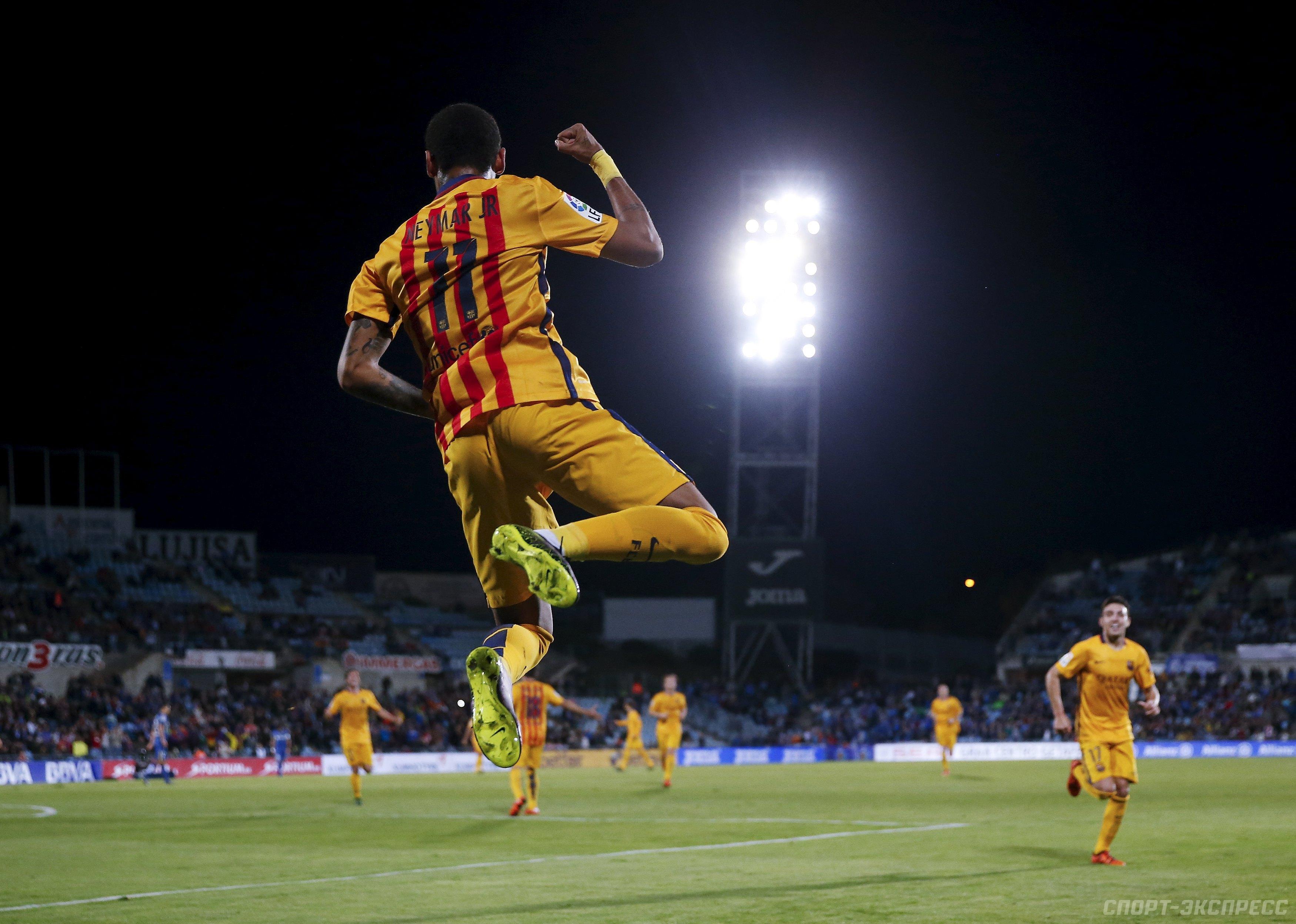 Серхио Бускетс провел 400-й матч за Барселону