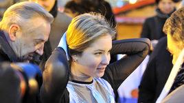 14 февраля. Москва. Юлия ЛИПНИЦКАЯ во время ледового шоу на Красной площади.
