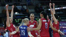 Пятница. Анкара. Турция - Россия - 1:3. Гости празднуют историческую победу.