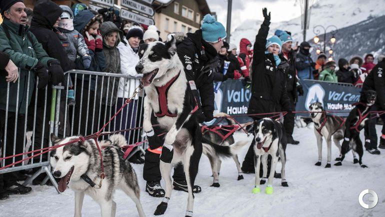 """17 января. Гонка на собачьих упряжках """"La Grande Odyssee"""". Фото AFP"""