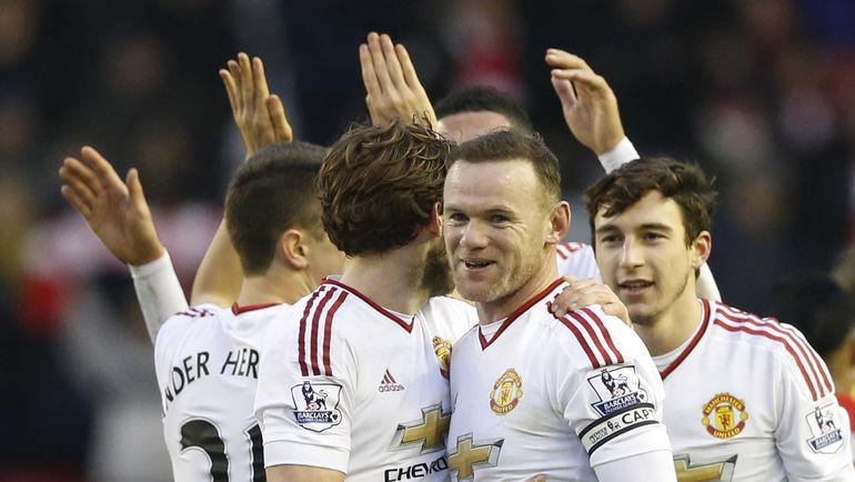 """Воскресенье. Ливерпуль. """"Ливерпуль"""" – """"Манчестер Юнайтед"""" - 0:1. 78-я минута. Гости праздную победу в принципиальном матче. Фото REUTERS"""
