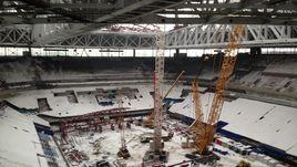 Среда. Санкт-Петербург. Вид на стадион со стороны