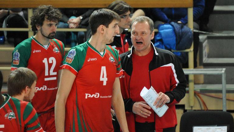 Артём Вольвич (№4) - Александр Бутько (№12). Фото Алексей ВЬЮГИН