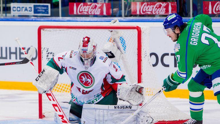 Первое уфимское звено Григоренко–Энгквист-Умарк может использовать любой шанс в большинстве. Фото photo.khl.ru