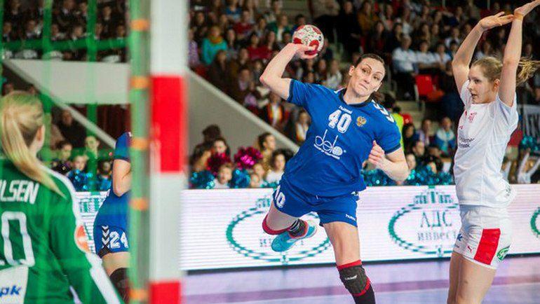 Елена СЛИВИНСКАЯ, чемпионка мира 2005 года, вновь в составе сборной России. Фото Дмитрий МАРОЧКИН