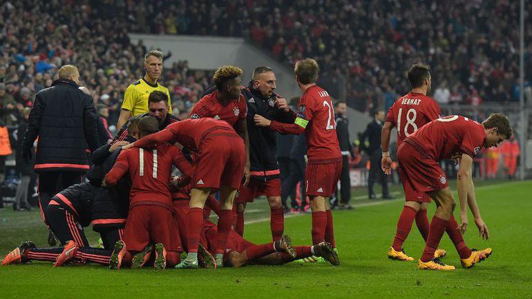 """Среда. Мюнхен. """"Бавария"""" – """"Ювентус"""" – 4:2 д.в. Игроки мюнхенского клуба празднуют победный гол. Фото AFP"""