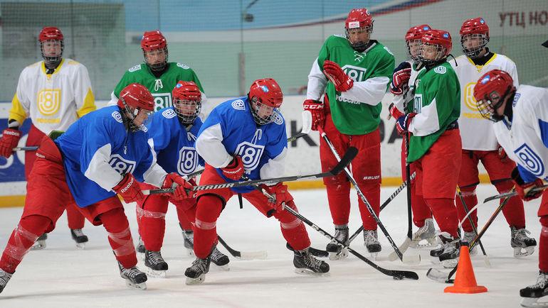средний возраст ухода из хоккея