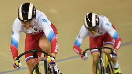 Шмелева и Войнова – чемпионки мира по велоспорту на треке в командном спринте