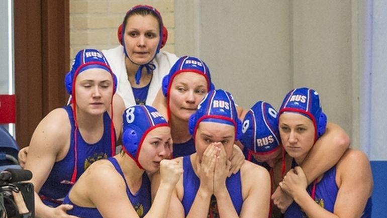 Вчера. Гауда. Греция - Россия - 12:13. Эмоции россиян во время серии пенальти... Фото fina.org