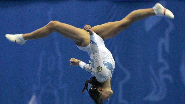 Оксана ЧУСОВИТИНА на этапе Кубка мира в Москве в 2006 году. Фото REUTERS