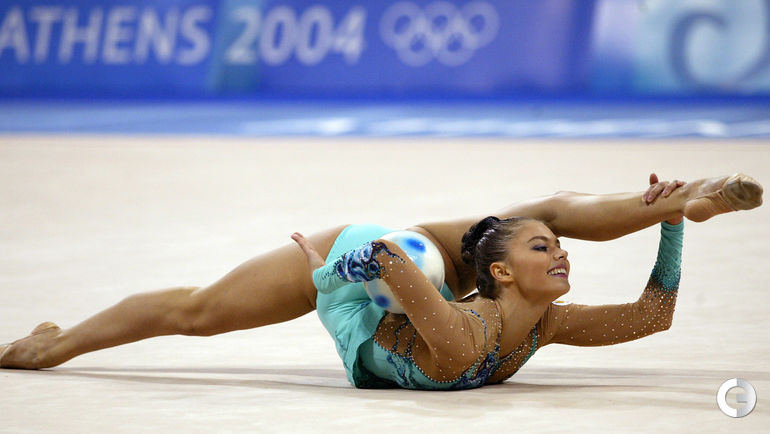 2004 год. Алина КАБАЕВА на Олимпиаде в Афинах. Фото AFP