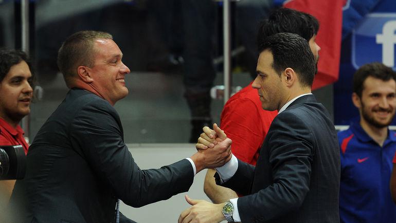 "Андрей ВАТУТИН (слева) и Димитрис ИТУДИС. Фото Алексей ИВАНОВ, ""СЭ"""