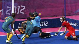 В матче за бронзовые медали победу  одержали австралийские хоккеисты