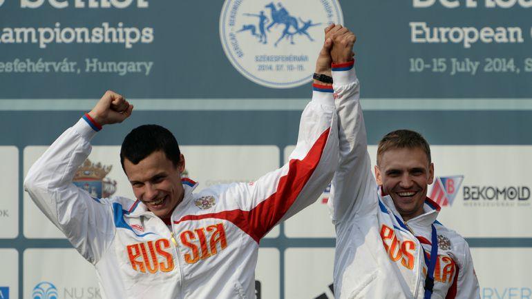 Илья ФРОЛОВ (справа) и Олег НАУМОВ. Фото AFP