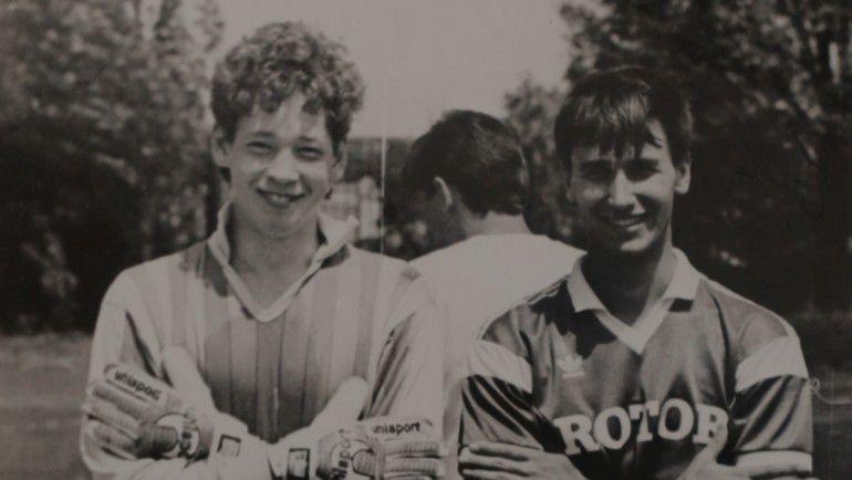 Молодому вратарю СЛУЦКОМУ была не суждена длительная игровая карьера. Фото из архива Леонида Слуцкого