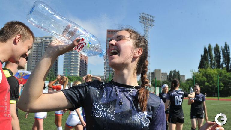 V тур весеннее-летнего Кубка Москвы по футболу среди женских любительских команд.