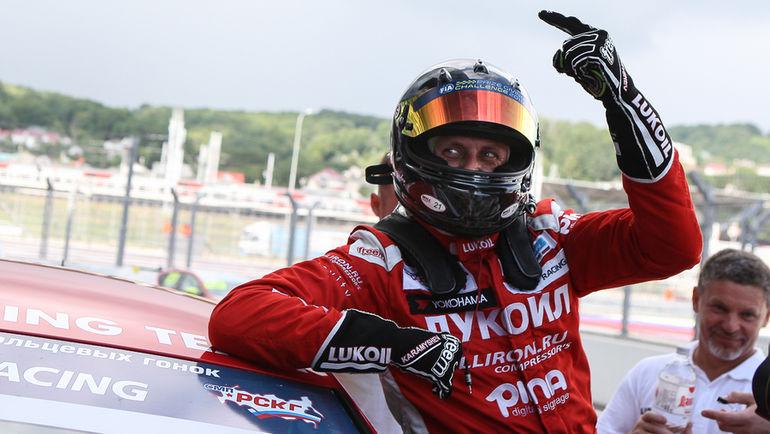 Помимо шести боевых заездов СМП РСКГ зрители стали свидетелями двух гонок международного первенства TCR International Series и двух гонок Кубка MitJet 2L.