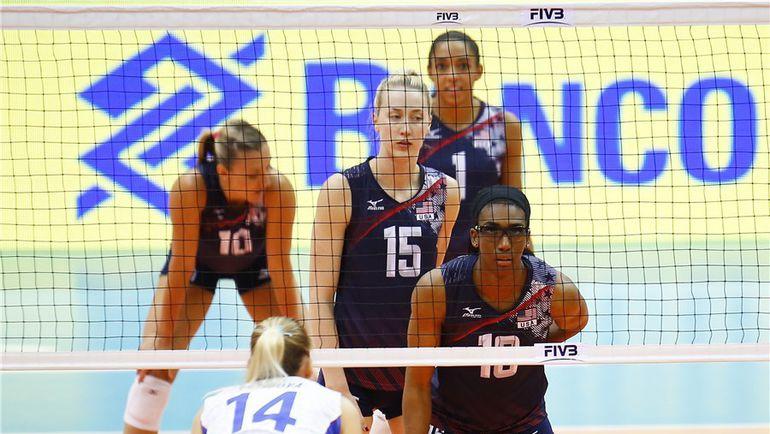 Сегодня. Бангкок. США – РОССИЯ – 3:0. Американки не оставили подопечным Юрия Маричева практически никаких шансов. Фото fivb.com