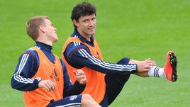 Май 2014 года. Москва. Александр КОКОРИН и Юрий ЖИРКОВ (справа) на тренировке сборной России.
