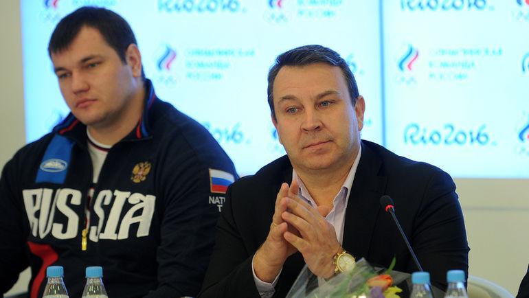 Президент Федерации тяжелой атлетики России Сергей СЫРЦОВ (справа) и Алексей ЛОВЧЕВ. Фото Алексей ИВАНОВ, REUTERS