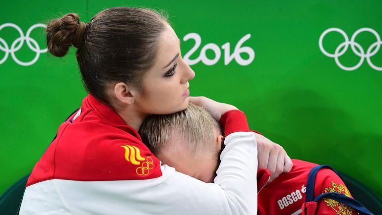 Сегодня. Рио-де-Жанерой. Алия МУСТАФИНА (слева) и Ангелина МЕЛЬНИКОВА. Фото AFP