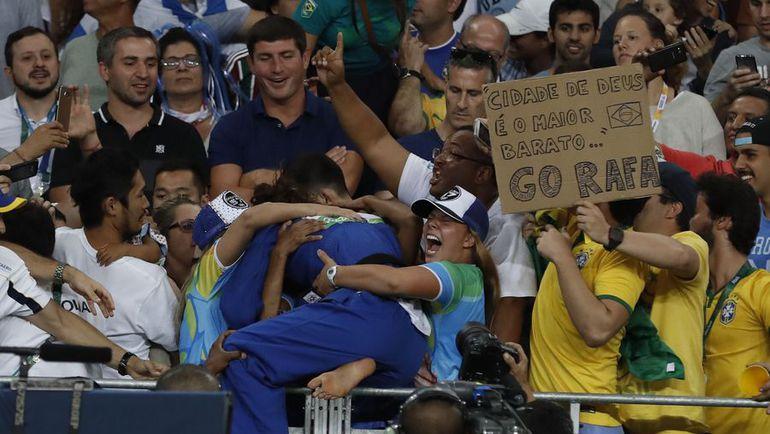 Понедельник. Рио-де-Жанейро. Рафаэла СИЛВА. Фото AFP